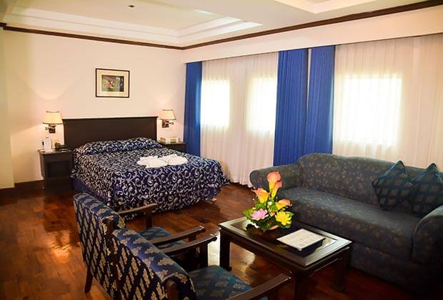 Citystate Tower Hotel in Malate - Junior Suite